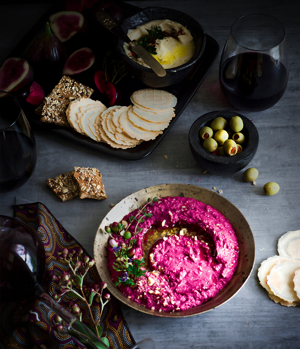 super quick roasted beetroot hummus