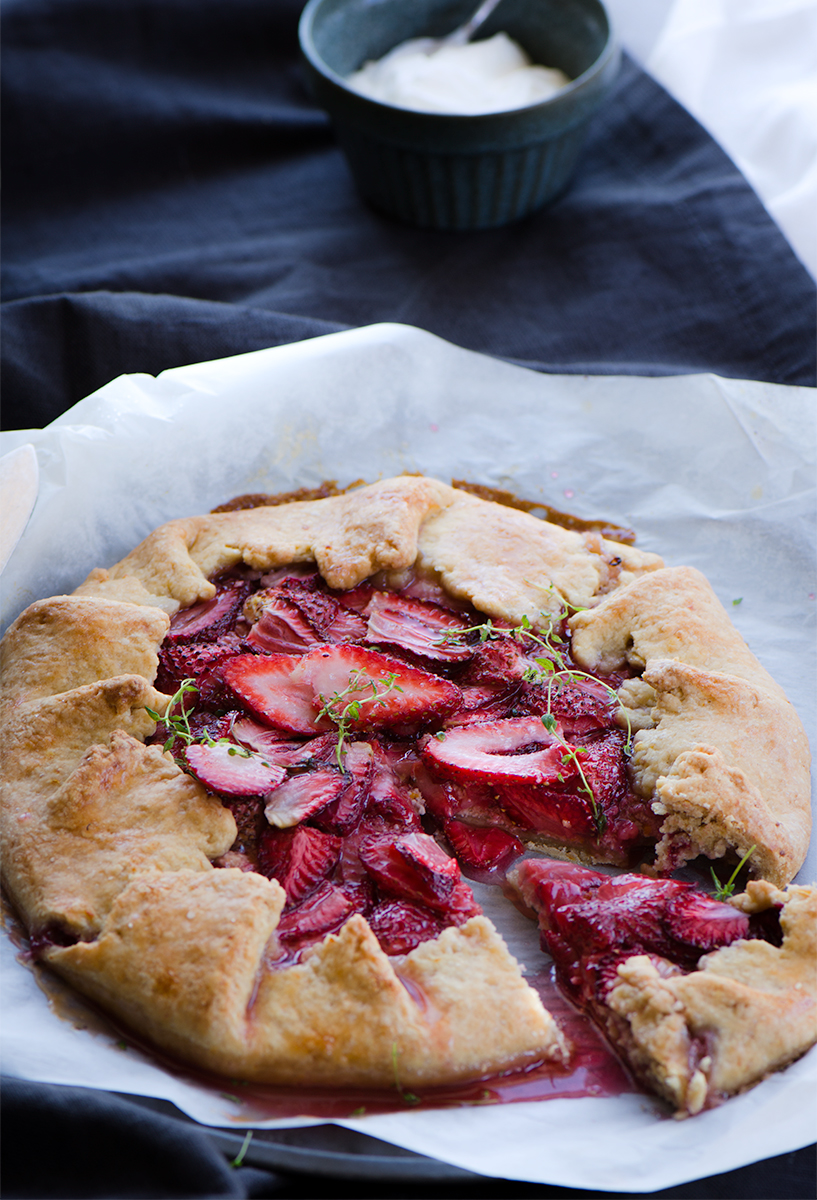 An Absolutely delicious strawberry ricotta tart made of seasonal strawberries, fresh ricotta and spelt flour adapted from Donna hay