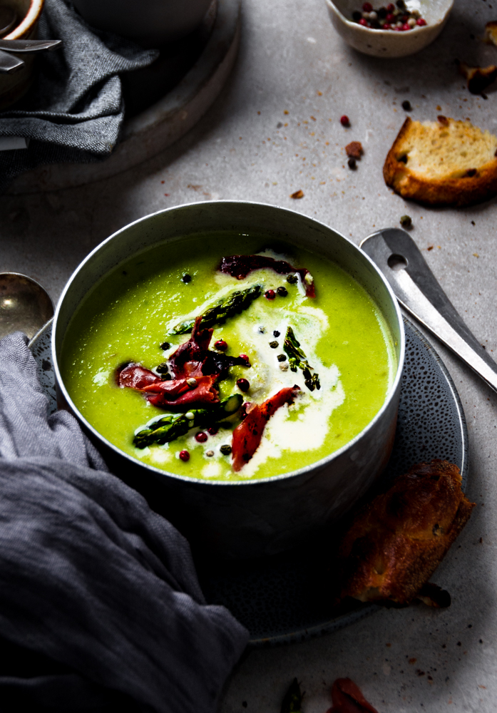 This creamy asparagus soup blended with herbs and cream is simply a comfort in its self. , Best part, it's ready in 15 minutes.