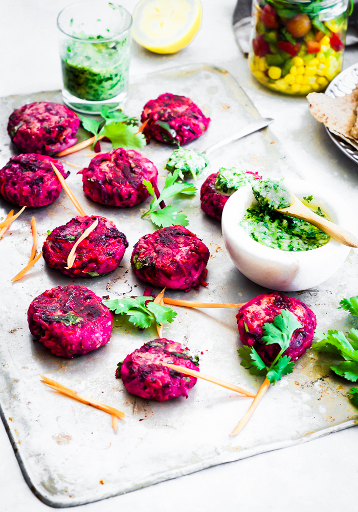 This Beetroot paneer cutlets is a mishmash of few recipes. Combined with veggies and paneer, these cutlets are succulent and super easy to cook.