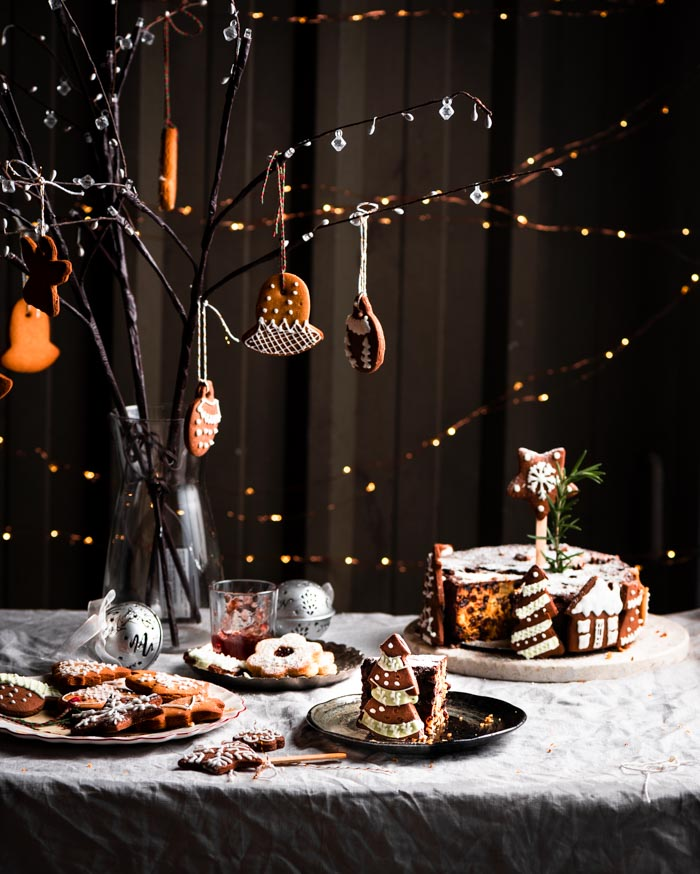 Making this festive season special with these freshly baked chocolate gingerbread cookies and healthy Christmas cake and linzer cookies.