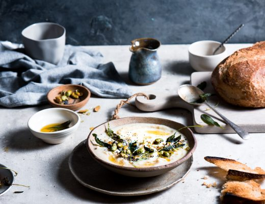 This weather calls for soup.. something that is nice warm and hearty. Cauliflower sage soup with its velvety texture hits the spot.